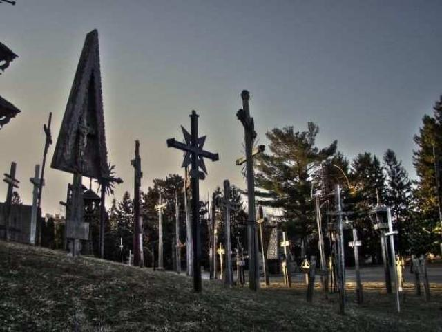 People Are Dyin to get in Here - St.-Johns-Lithuanian-Cemetery6.jpg