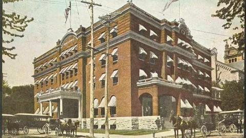 Hotel Quinte in Belleville cover photo