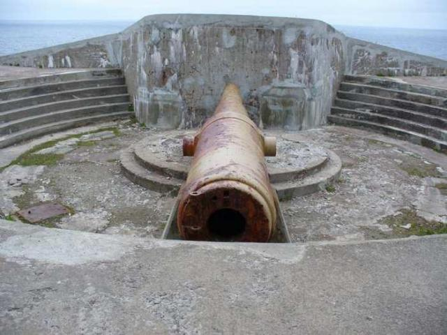 Cape Spear - Cape-Spear-Guns19.jpg