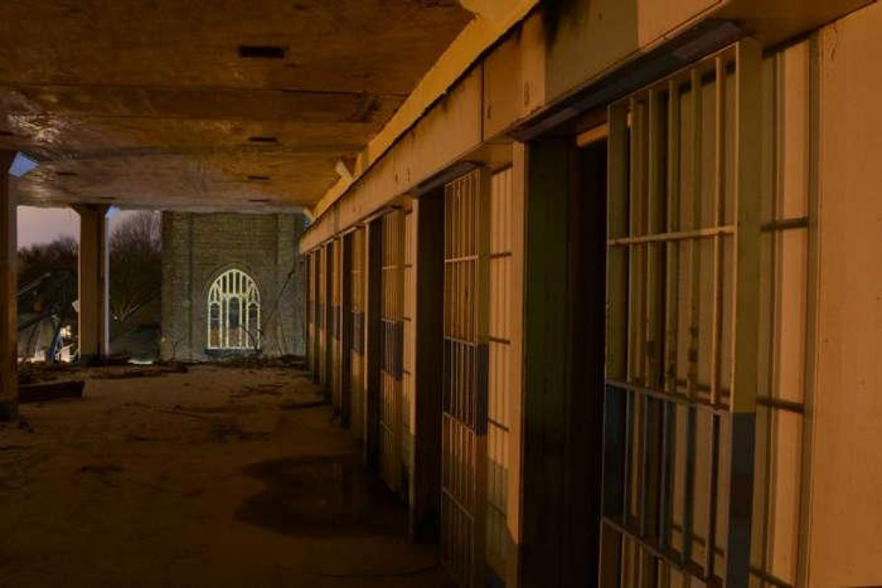 Sometime in '14 - The-Newer-Don-Jail67.jpg