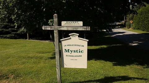 La vielle ecole Mystic cover photo
