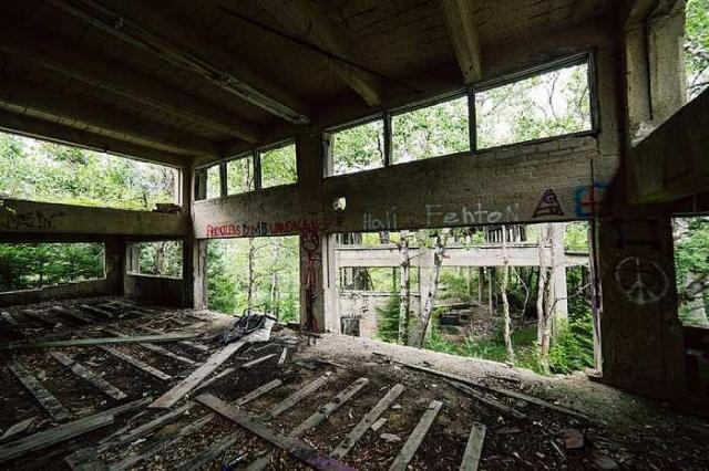 July 31, 2016 - Donald-(ghost-chemical-plant)66.jpg