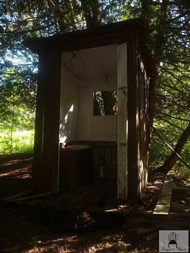 Cottage on Camp Road - outhouse.jpg
