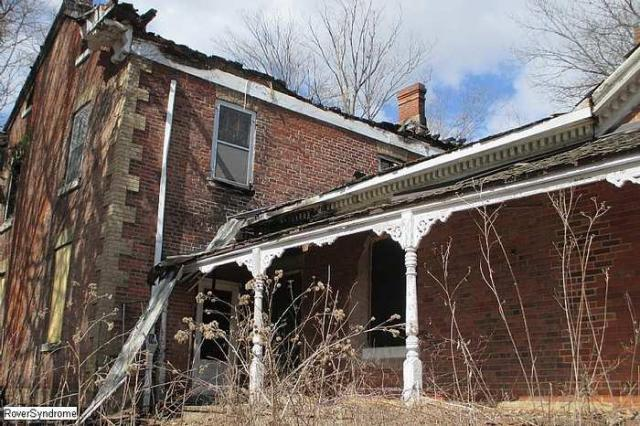 Revisit after arson - RussellChristie-House118.jpg