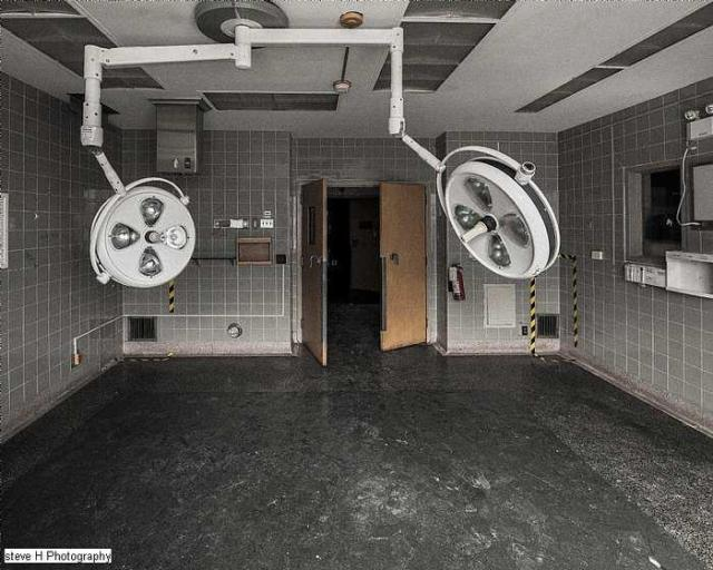 Watch out for that Dog - St-Catharines-General-Hospital241.jpg
