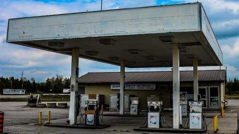 The Esso that never was cover photo