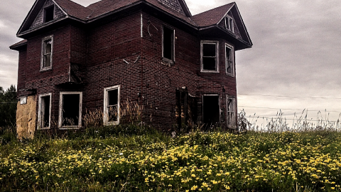 70-80's Abandoned House cover photo