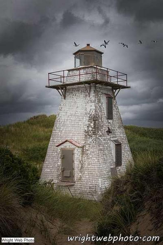 St. Peter's Harbour Lighthouse - St.-Peters-Harbour-Lighthouse1.jpg