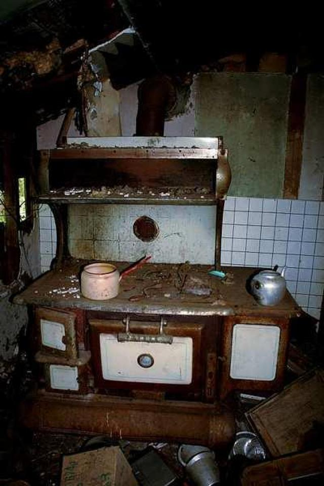 McKay House - Mother-Marys-Messy-Mansion134.jpg