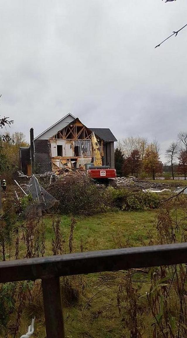 Demolition - Pammett-Drug-House100.jpg