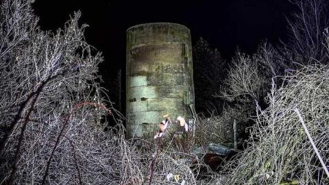 lonely silo - Old-silo-with-hut4.jpg