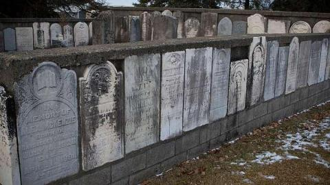 First Yarmouth Baptist Cemetery cover photo