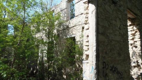May 2015 Elora cover photo