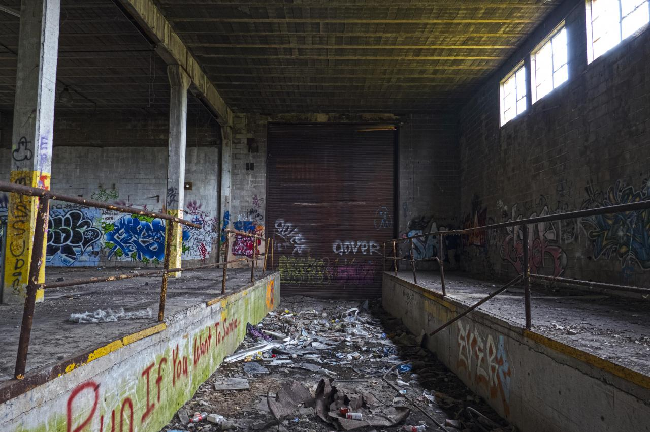 Holmes in HDR - Outbound01.JPG