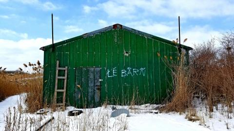 Le Barn cover photo