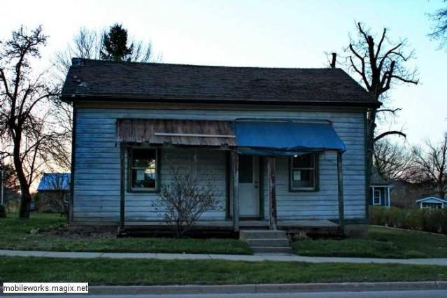 BAD ENd ? - Condemned-House-Baden3.jpg